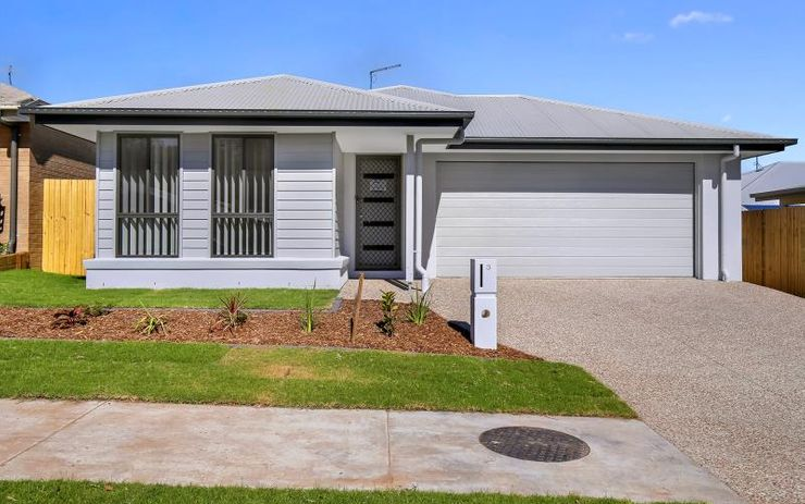BEAUTIFUL BRAND NEW 4 BEDROOM HOME – FIRST 3 MONTHS LAWNS AND GARDENS INCLUDED