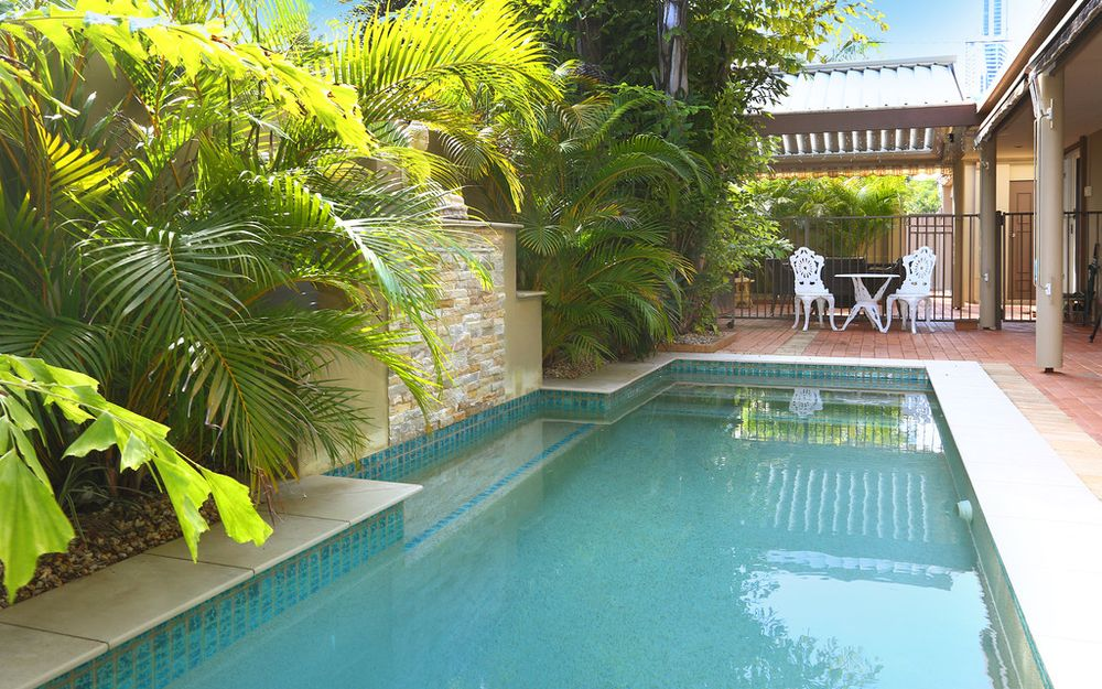 ANOTHER ONE SOLD BY TRINA HENRY – CENTRALLY LOCATED VILLA WITH NO BODY CORP.