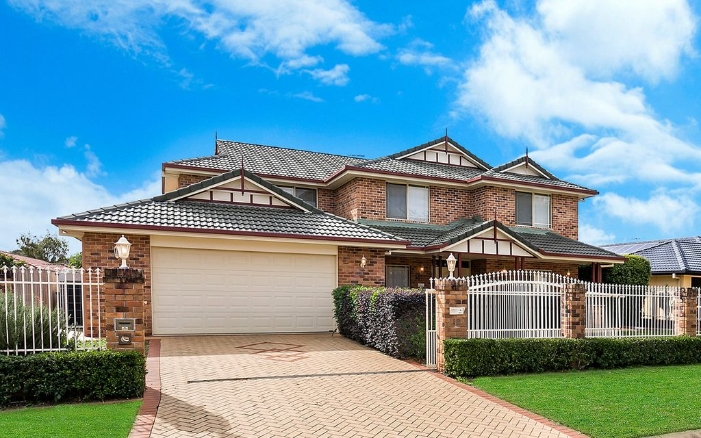 Under Contract By Daniel Wong – Hidden Gem In Kuraby! So Much More To Offer Than The Asking Price!