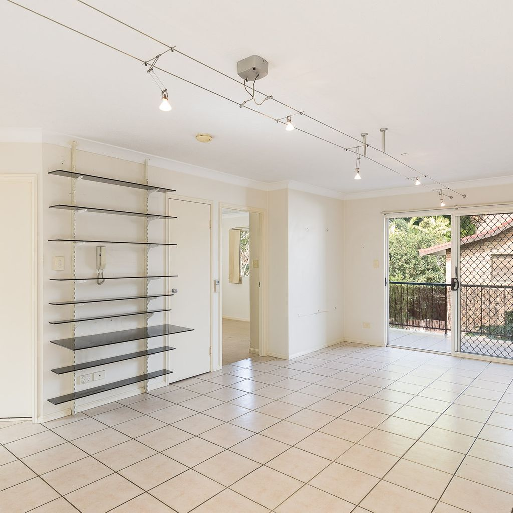 Rare offering in established pocket of Clayfield