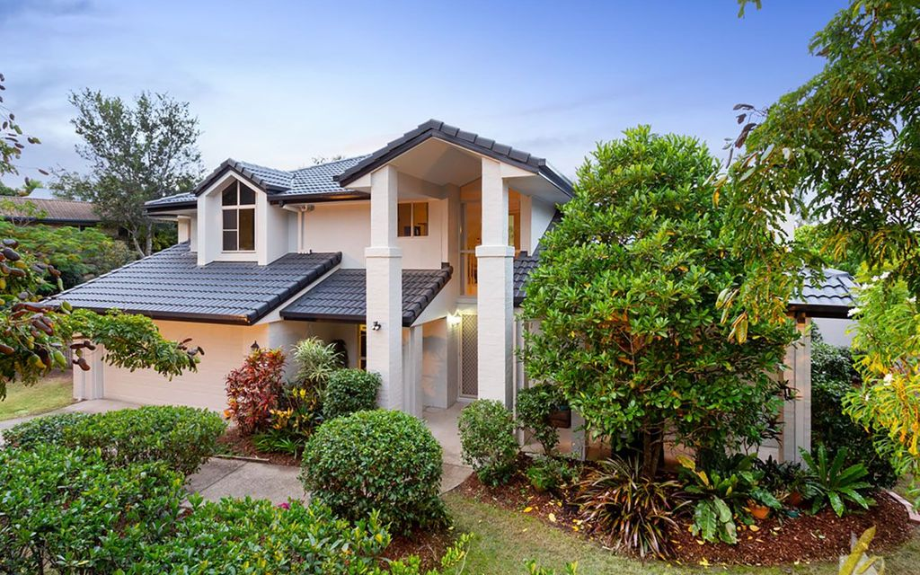 IMPRESSIVE FAMILY HOME AT GREAT VALUE!