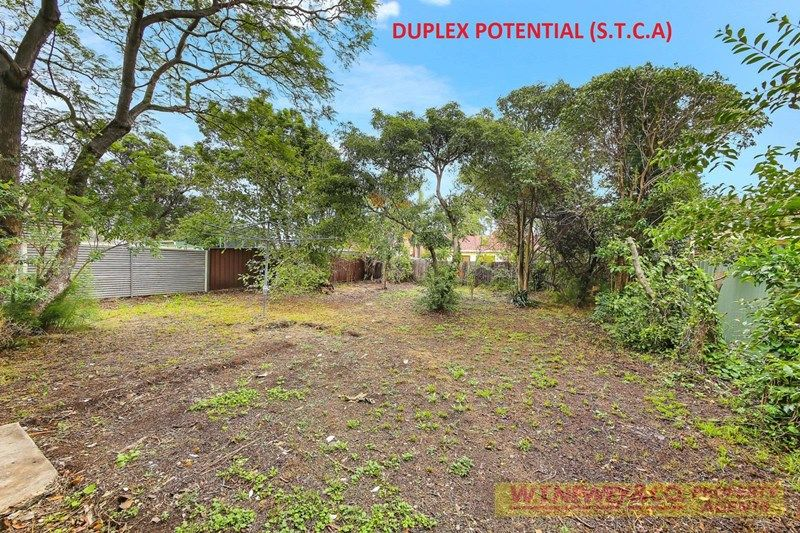 GREAT LOCATION – LOADS OF POTENTIAL