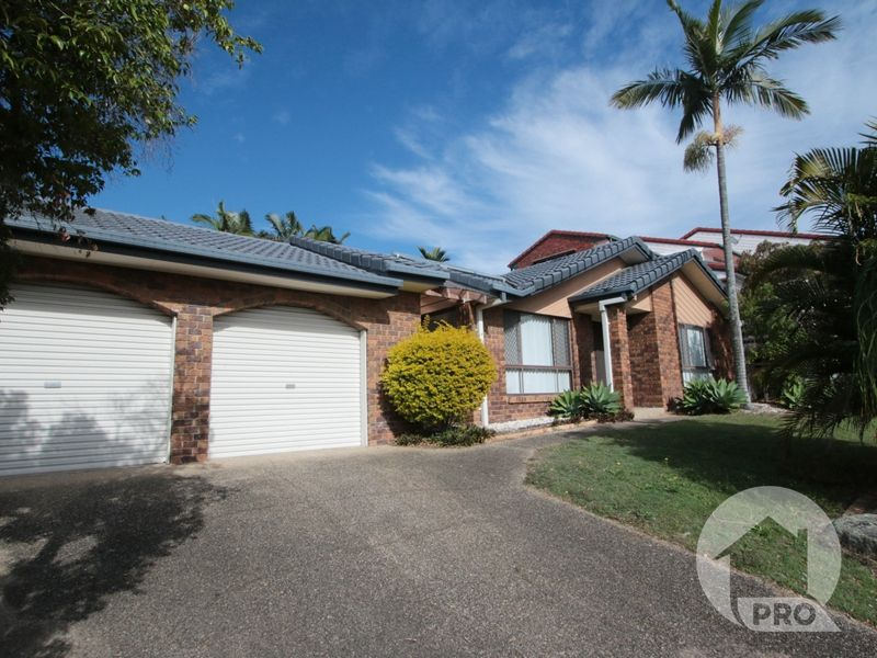 Sits on the Hill Top in the heart of Sunnybank Hills