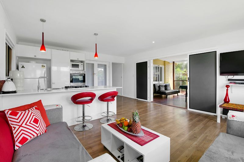 Fully renovated & walking distance to schools and Shopping Centre
