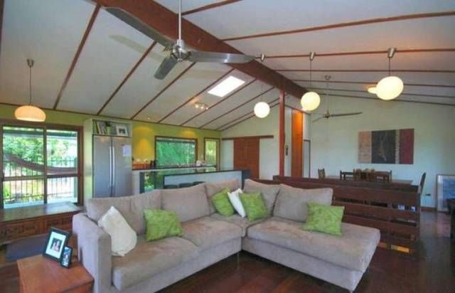Elevated Cul-De-Sac Location With a Pool!