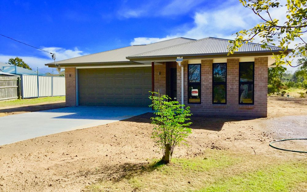 Brand New 4 Bedroom Home – Lawn Maintenance Included