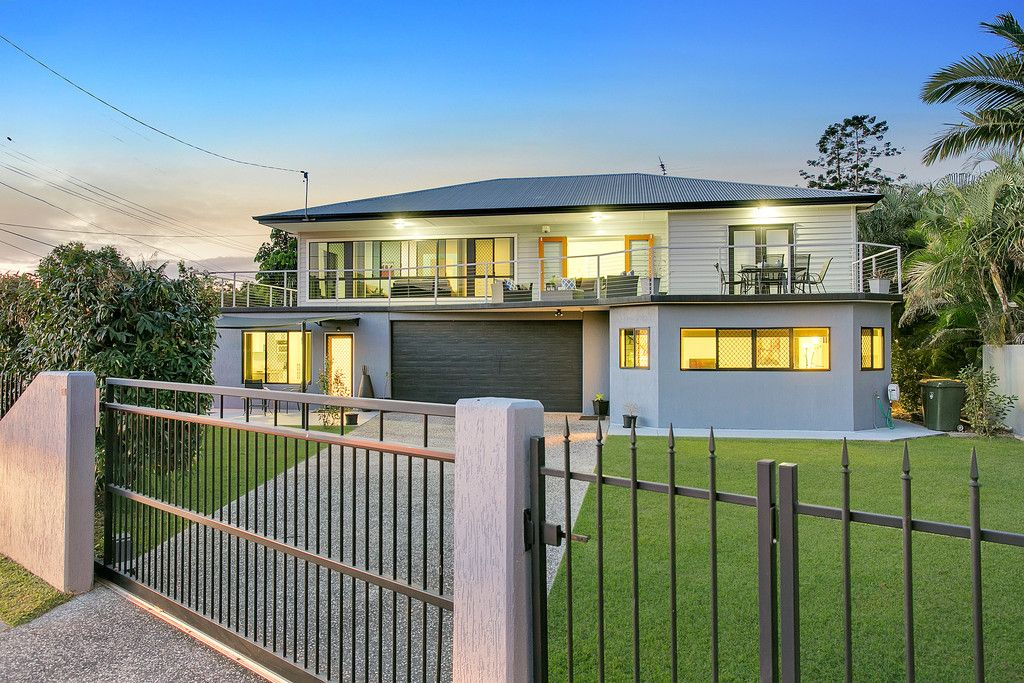 EXCEPTIONAL OPPORTUNITY – DUAL LIVING OPTIONS