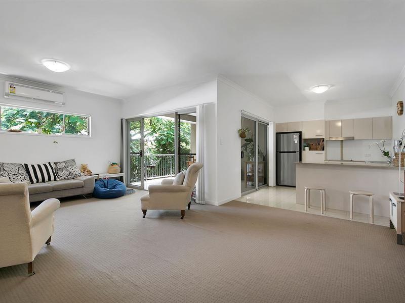 Modern Apartment in Convenient Location