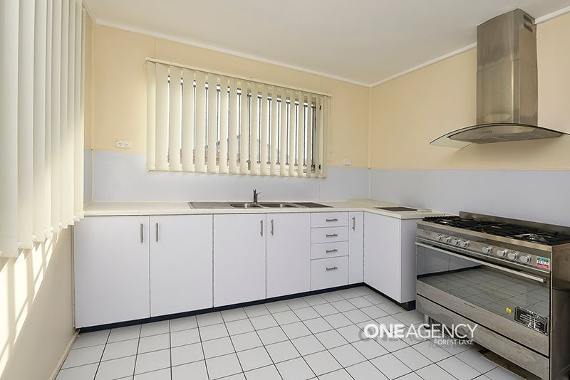Fully Air Conditioned Family Home!