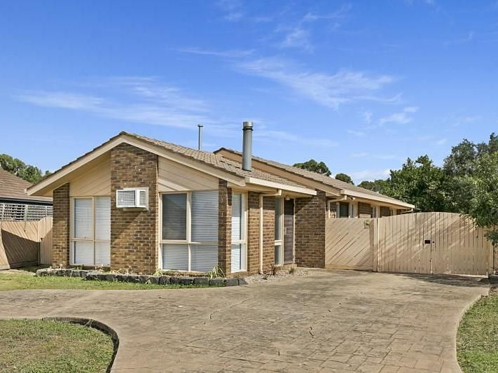 Well Presented 3 Bedroom Home in Court Location – UNDER APPLICATION