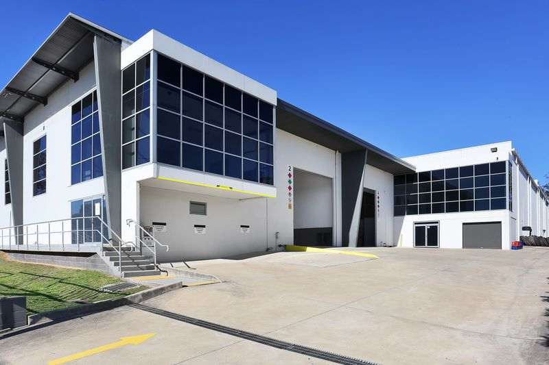 For Lease – Ultra Modern Warehouse