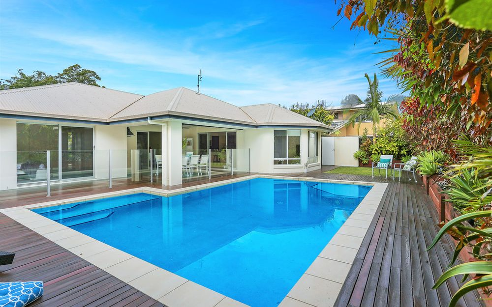 Relaxed contemporary designed residence in ideal Buderim locale
