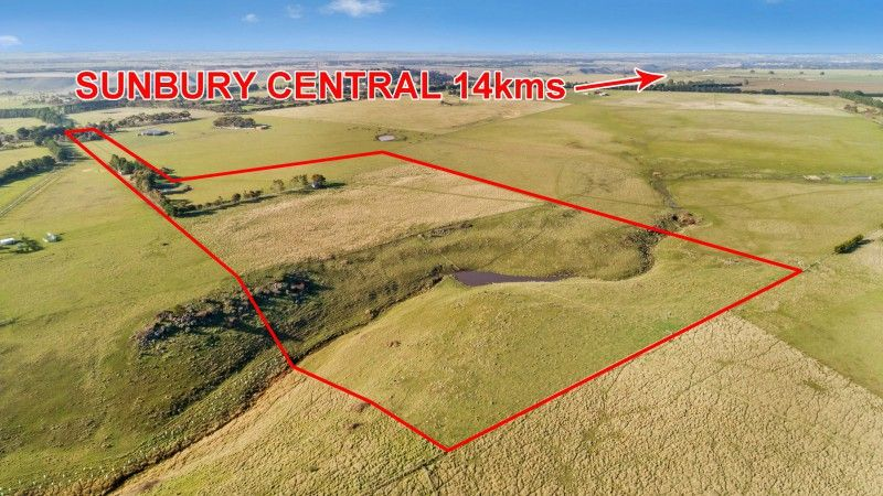 Broad Acreage In Metropolitan Location – 32 Acres (approx)