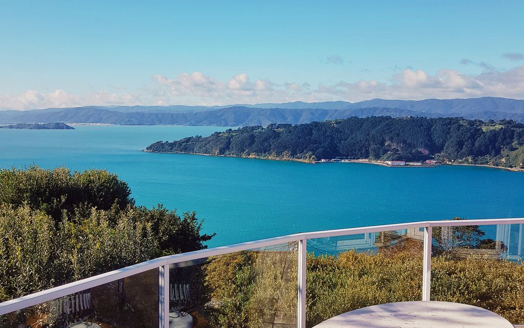 Breath taking haven in the hills of Roseneath