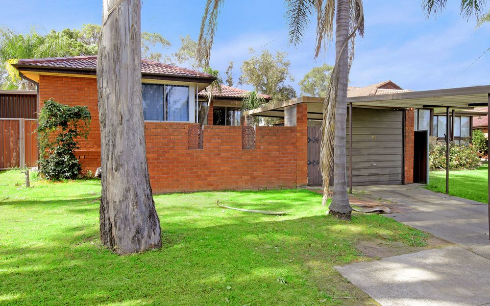 Conveniently Located and Neatly Presented 3 Bedroom Home