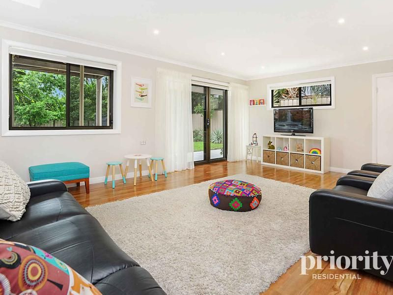 Modern highset in highly sought after location
