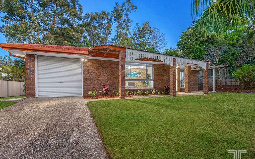 Low Set Home with Modern Updates on 785m2
