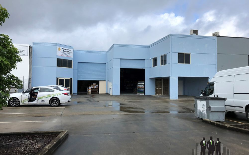 LARGE Freestanding Warehouse With A Competitive Price