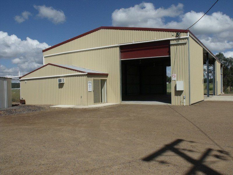 Huge Commercial Shed in Industrial Estate