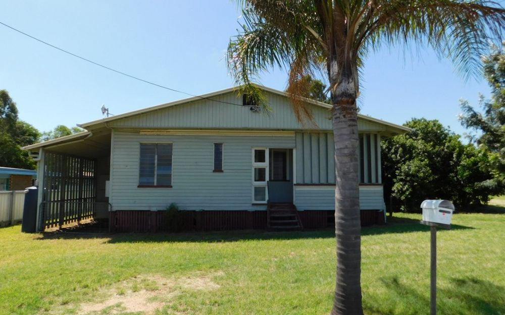 3 BEDROOM HOME JUST MINUTES TO THE CBD