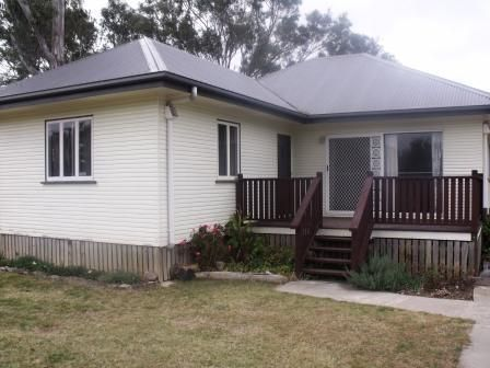 TIDY TIMBER 3 BEDROOM HOME