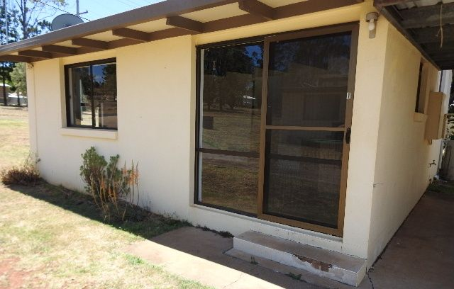 TIDY TWO BEDROOM UNIT WITH CARPORT