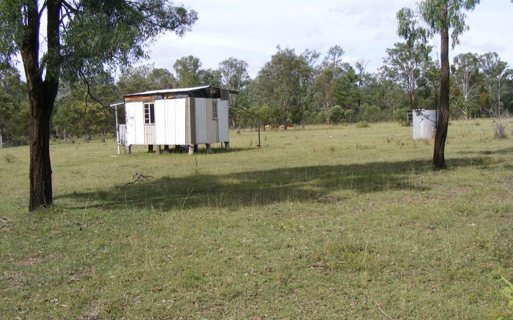 5 + ACRES CLOSE TO TOWN
