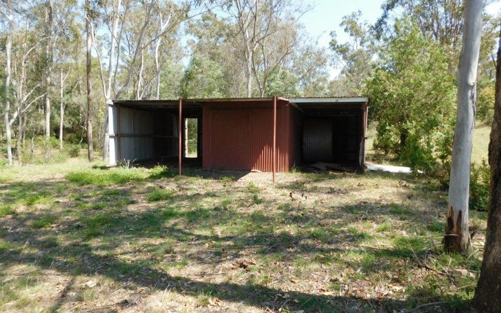 5+ ACRES CLOSE TO TOWN