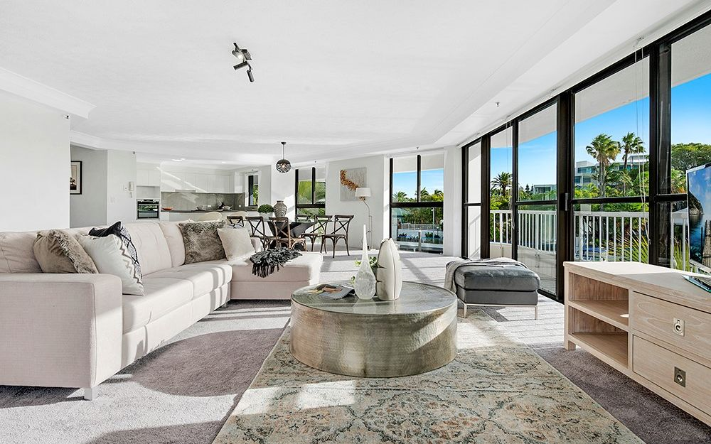 Sensational parkland and Broadwater views