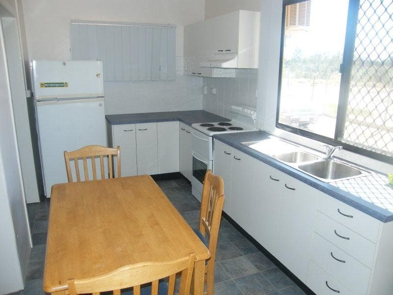 Quiet 2 bedroom unit partially renovated!