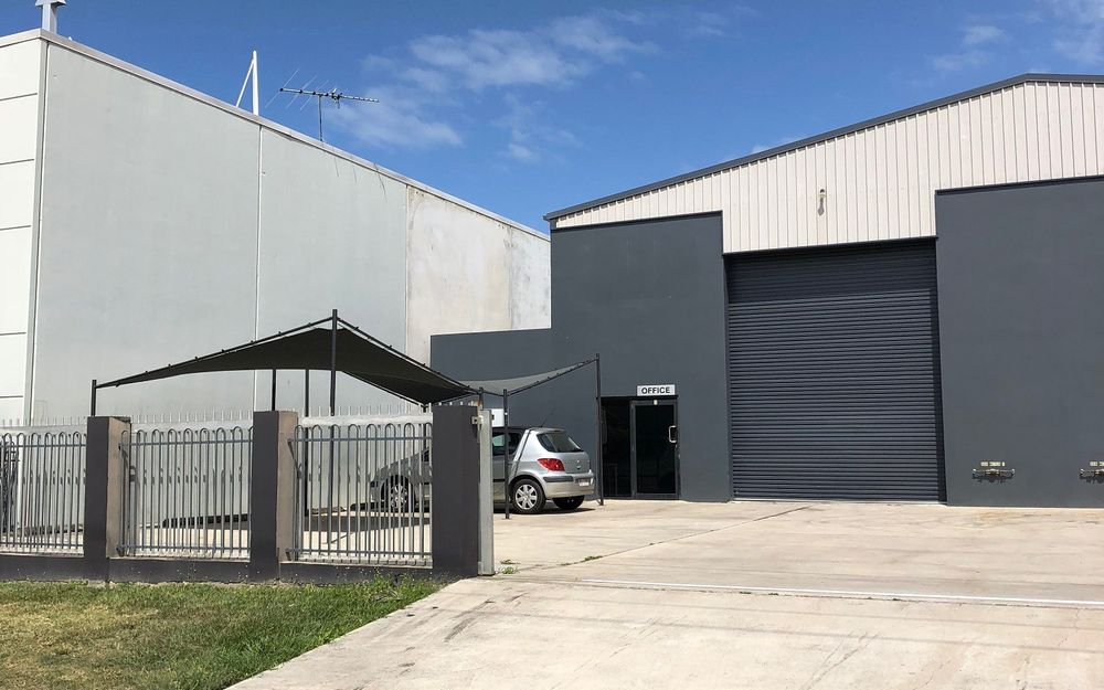 Great Sized Warehouse With Easy Access