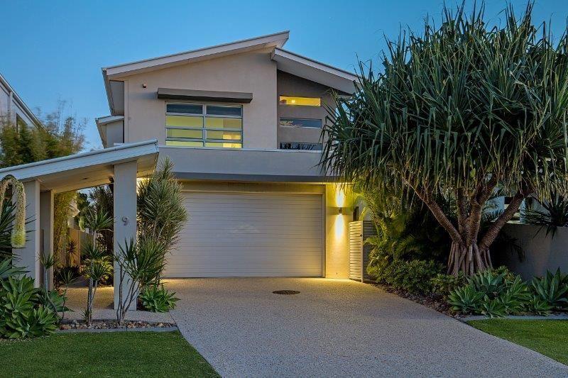 Luxury living at your door step!!