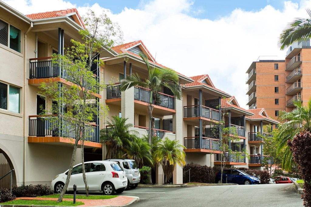 Outstanding Apartment, Two Balconies with Great Outlook!