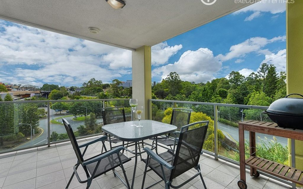 Beautiful Views of the Parklands! (Furnished)