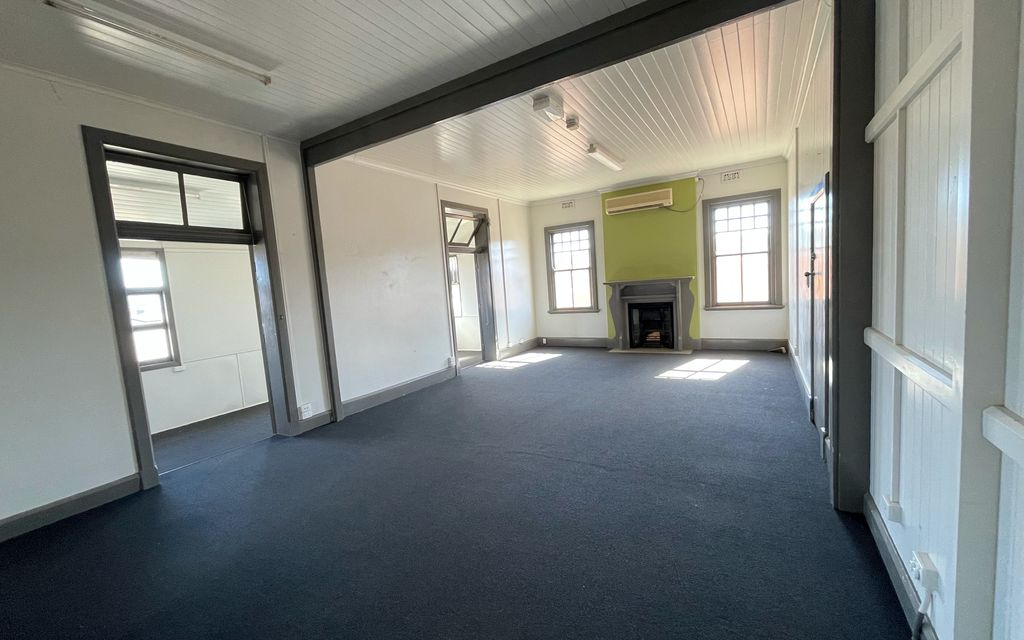 CBD Office Space/Training Room Air-conditioned