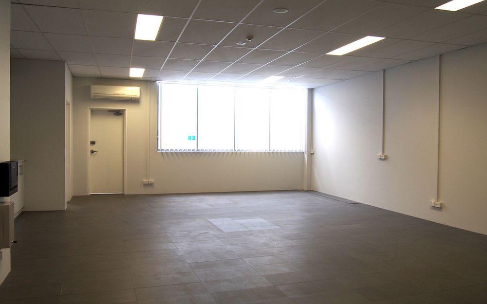 Modern Ground Floor Office or Retail Space