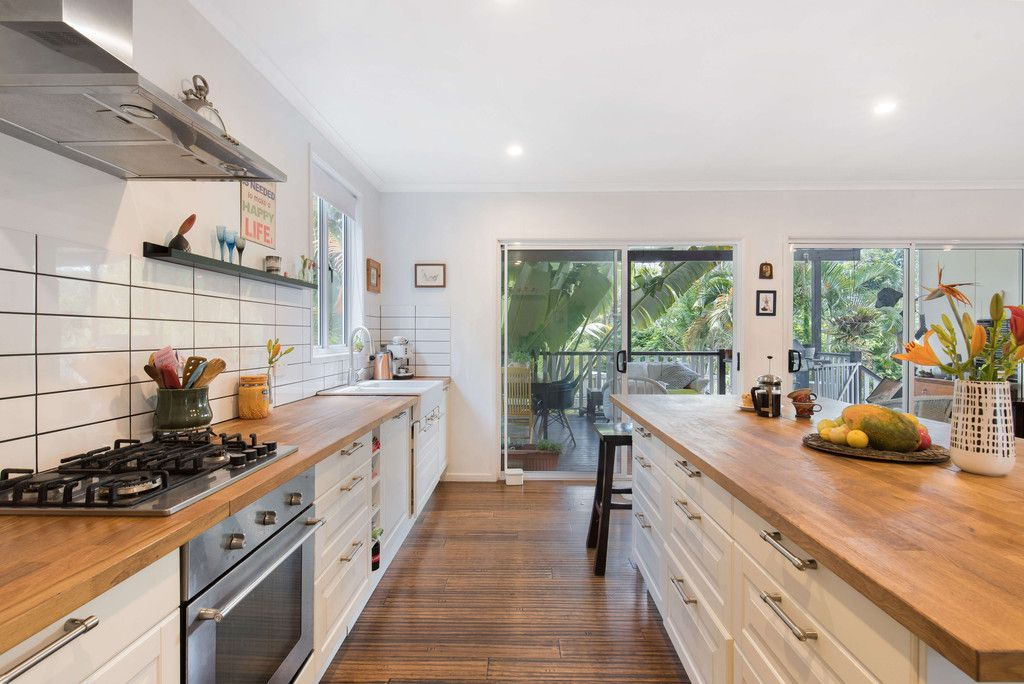 Family Friendly Home with a Kitchen to Match!