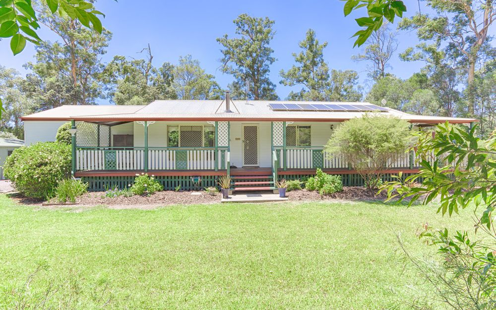 Charming Acreage, Will Sell Quickly!
