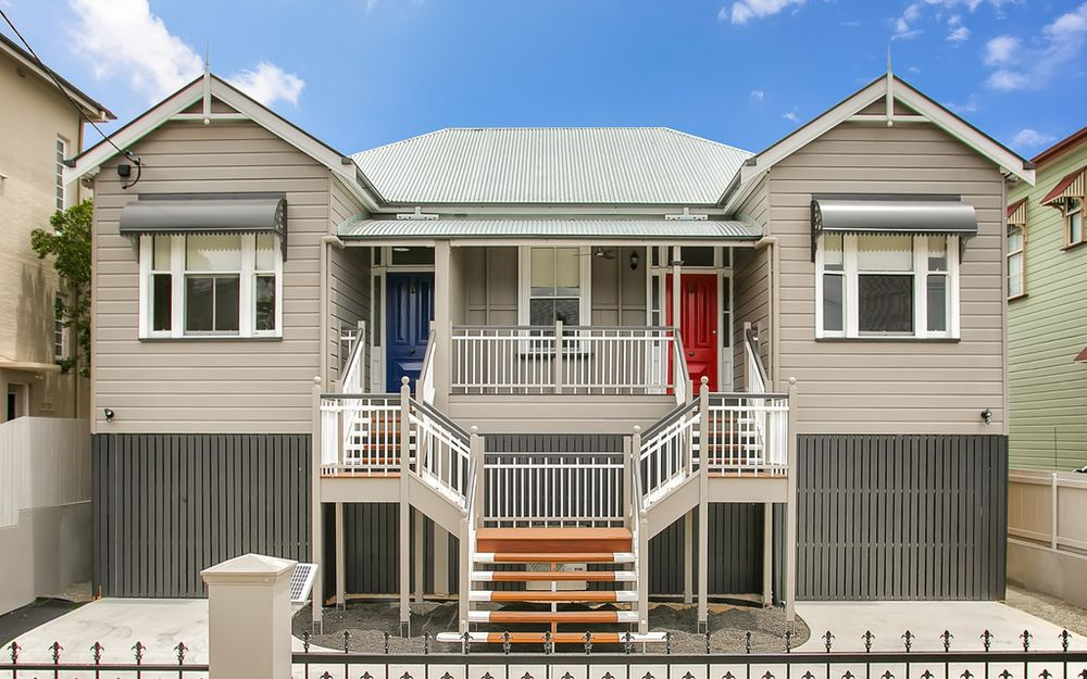 Rare One Bedroom Home. Stylish Renovation. Big Backyard. Walk to Hospitals, QUT, South Bank and City.
