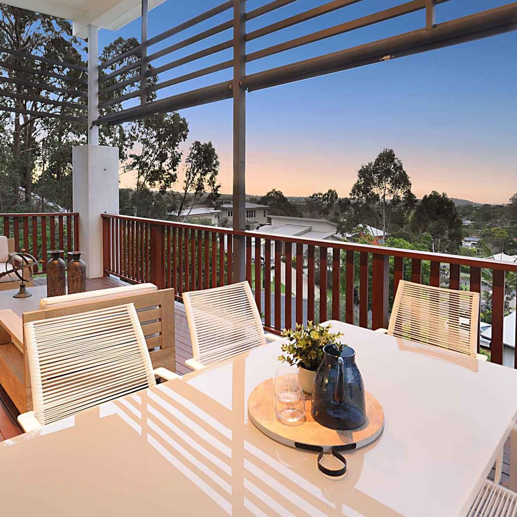 Entertaining with Panoramic Views, What More Could You Need?