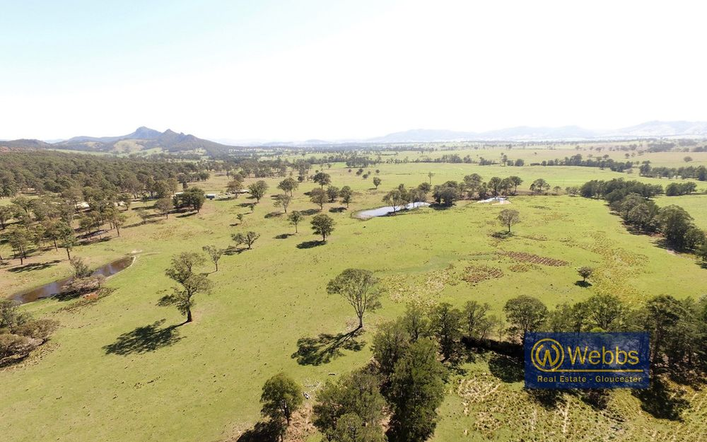 Ardmore Park: Location, Quality Grazing & Infrastructure