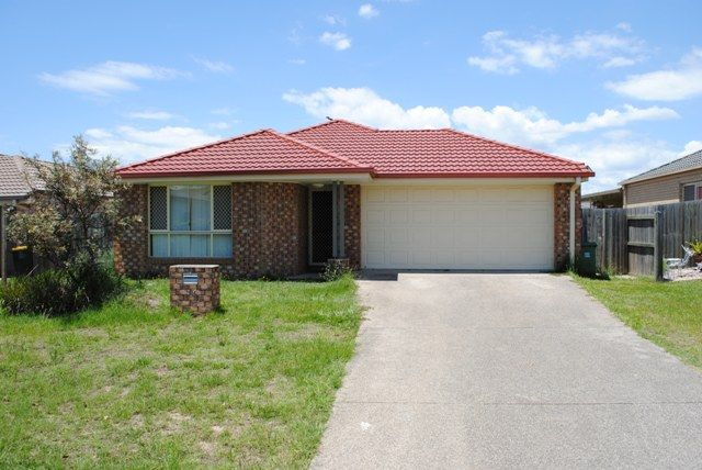 Quiet & Peaceful Family Home! Easy highway access