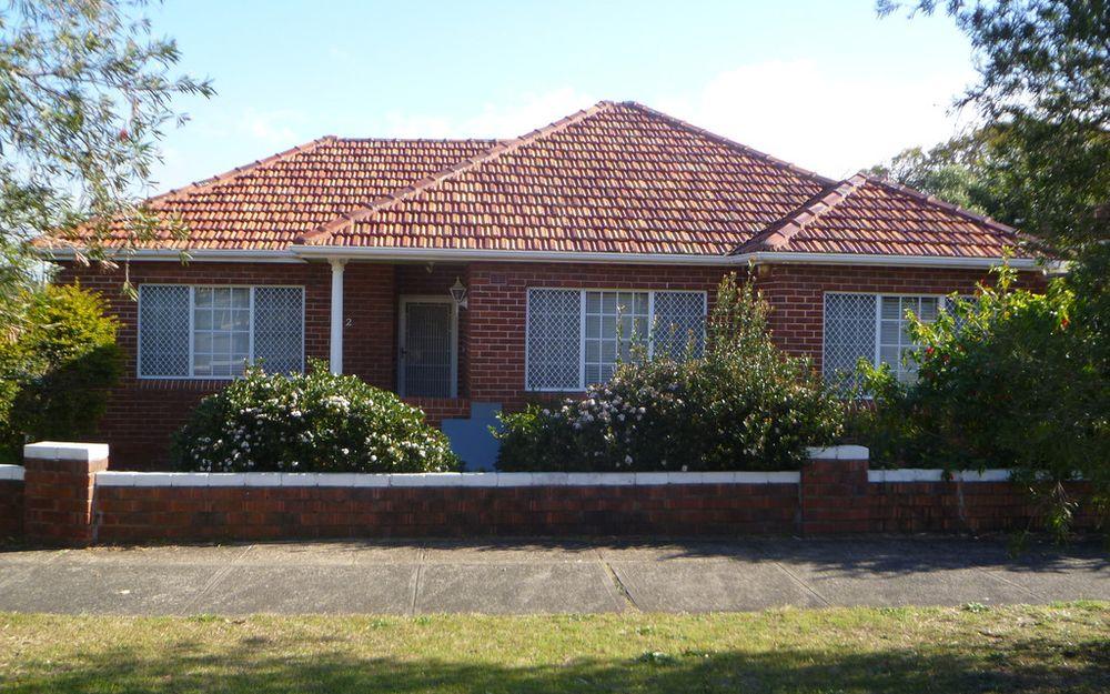 Beautifully renovated 2 bedroom full brick & tile home.
