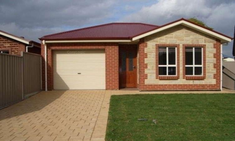 SECURE LOW MAINTENANCE 3 BEDROOM COURTYARD HOME IN MITCHELL PARK