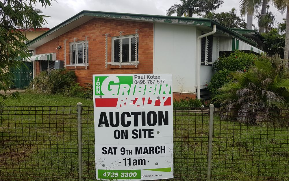 AUCTION – CALLING ALL INVESTORS/DEVELOPERS/BUILDERS!