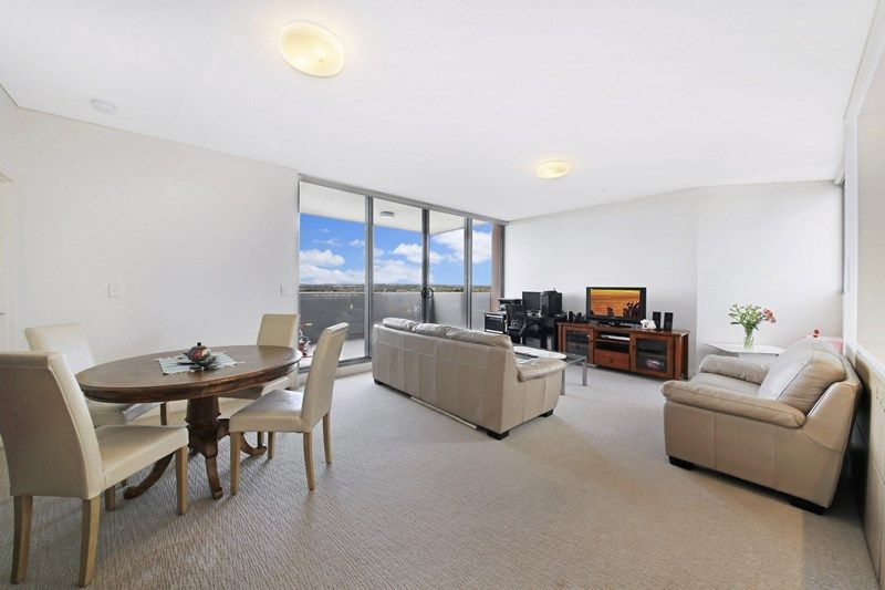 DEPOSIT TAKEN | Ultra modern 2 bedroom apartment with amazing 180 degree views