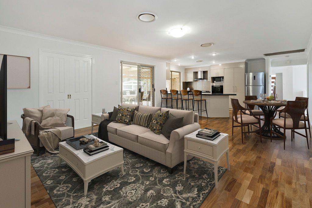 Executive Family Living in Exclusive Kensington Estate!