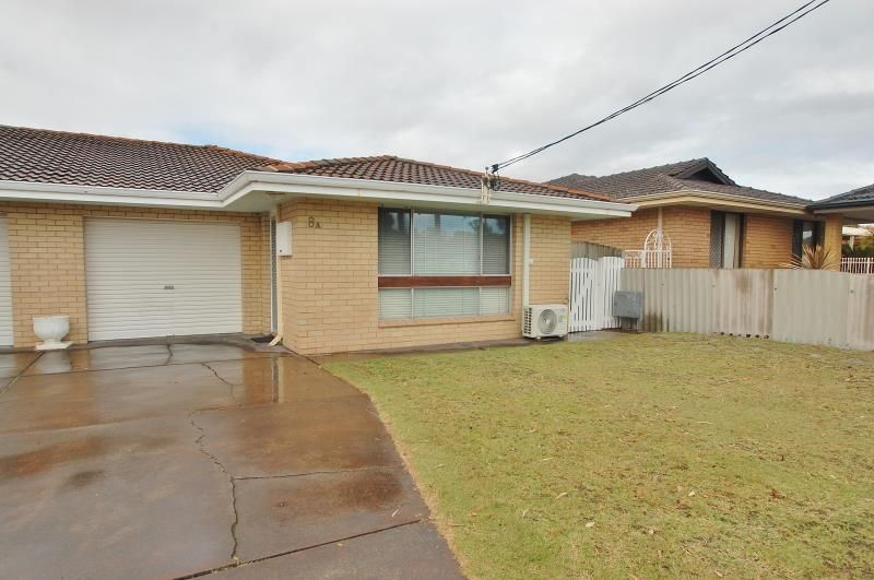IDEAL LOCATION ALMOST NEXT TO SCHOOL!!!