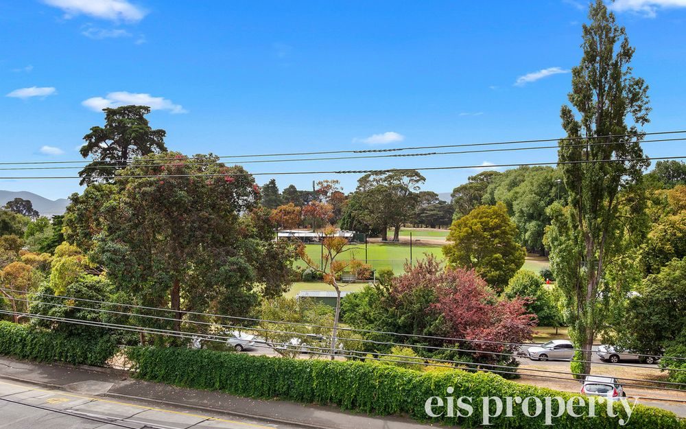 Outstanding Outlook Sandy Bay Apartment