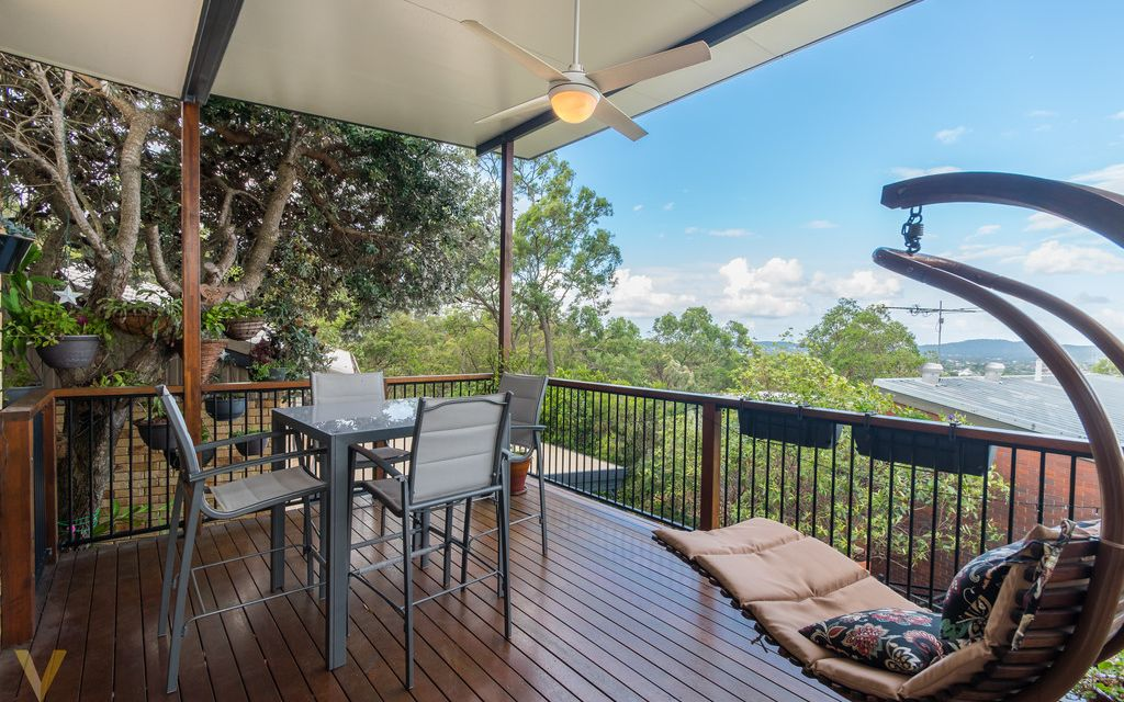 Large Tiered Family Home With Gorgeous Views
